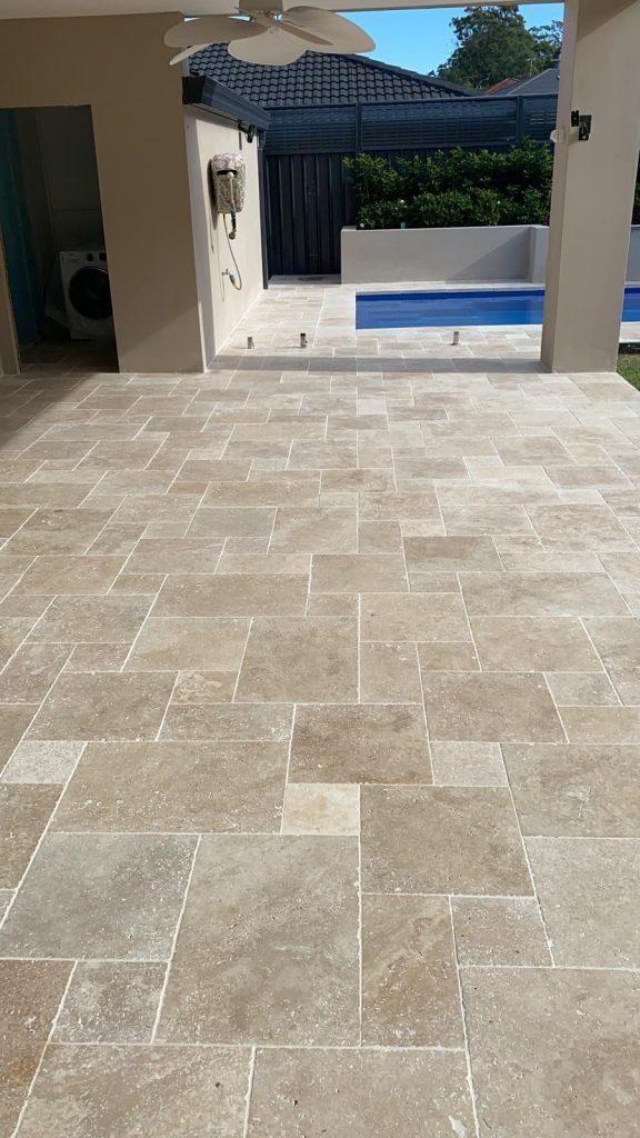 brick pattern - pool french pattern